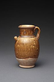 A Beautiful Yellow-Glazed Ewer Pot of Tang Dynasty
