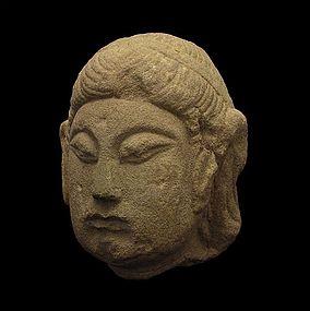 A Bodhisattva Head of Five-Dynasties(907-960)