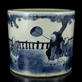 A Handsome Blue and White Brushpot with Casual Image