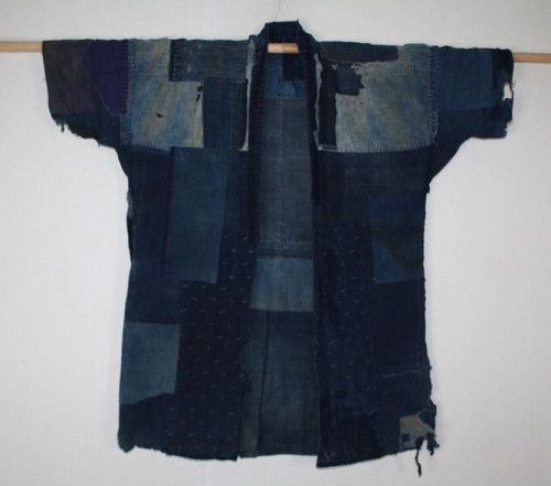 Japanese antique indigo dye Boro Farmclothes noragi Tattered patched