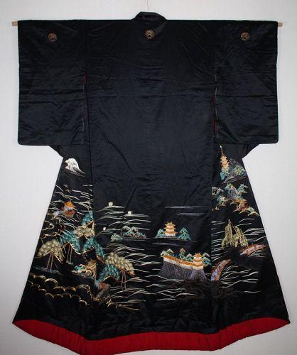 Japanese Edo silk embroidery uchikake kimono of ohmihakkei