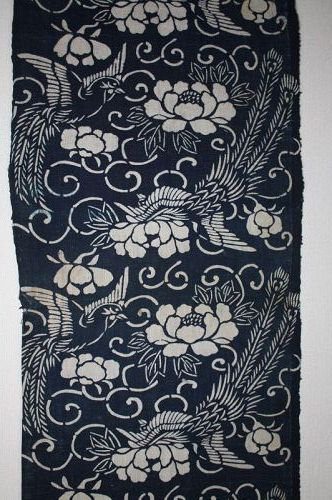 Japanese antique katazome indigo dye thick cotton of 70.8inch