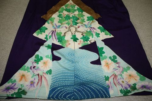 Japanese antique silk susogara kimono Chrysanthemum and bird  pattern