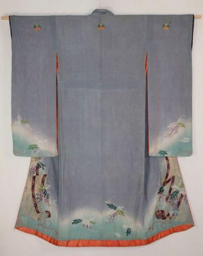 Japanese Edo period antique Susogara embroidery Furisode silk kimono