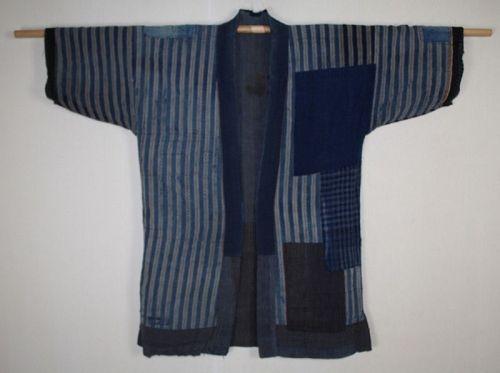 Japanese antique  indigo dye  cotton patched boro noragi