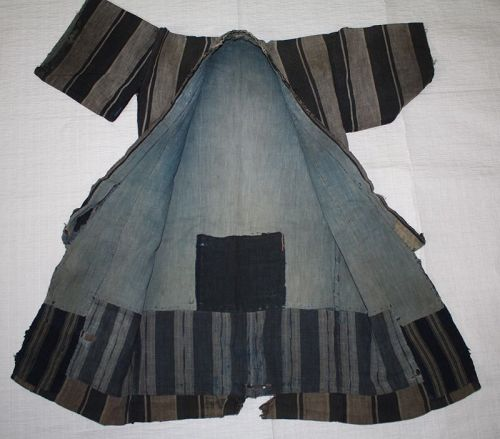 Japanese vintage cotton kimono for infants aged 3 to 4 during the war