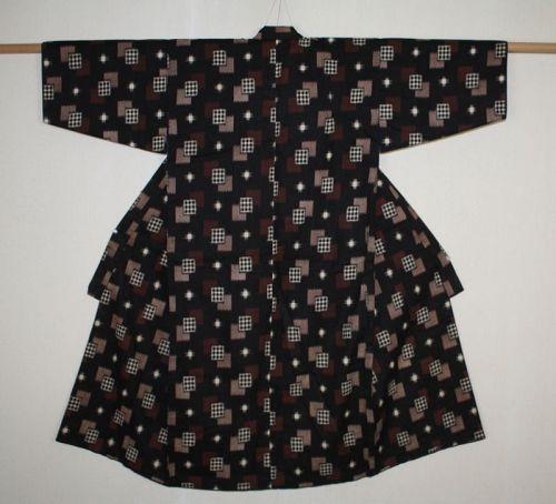 Japanese antique kasuri ikat cotton child Kimono with charming patten