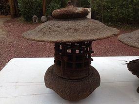 Japan antique garden yukimi lantern