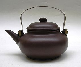 Chinese Yixing Teapot (53)