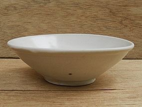 Tang Dynasty Xing Ware White Glazed Bowl (A)