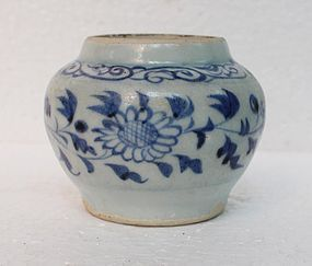 Yuan Dynasty Blue and White Small Jar