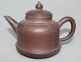 Chinese Yixing Teapot (121)