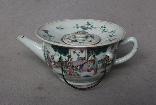 Chinese Famille Rose Teapot, 19th-20th Century