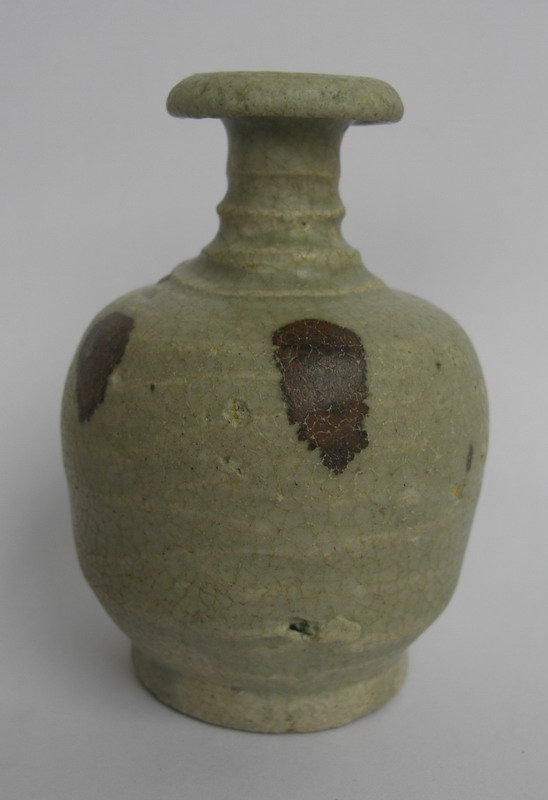 A  Vase With Iron-Brown Spotted With Celadon Glazed