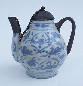 A Ming Blue and White Ewer, Jiajing period