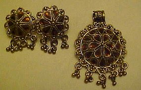 Vintage topaz rhinestone pendant and pierced earrings