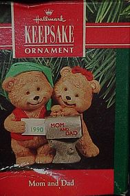 Hallmark ornament Mom and Dad bears 1990  Boxed