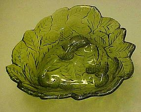 Indiana glass green Loganberry dish / bowl