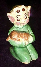 Walker-Renaker Pixie Brownie figurine