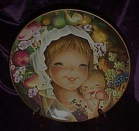 Schmid Orchard Mother and Child plate by Juan Ferrandiz