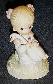 Enesco Precious Moments figurine God is Love, No mark