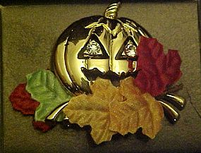 Avon  Halloween Golden Pumpkin Pin 1993 original box