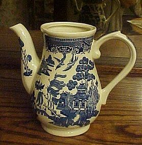 Churchill  Eng blue willow georgian coffee pot no lid
