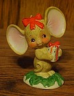 Lefton big earred Christmas mouse with present figurine