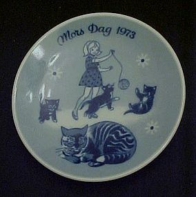 1973 Mors Dag limited ed delft plate Porsgrunds Norway