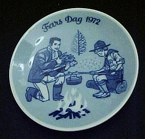 1972 Fars Dag limited ed delft plate Porsgrunds Norway