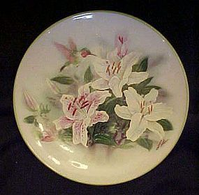 Teleflora Hummingbird and lilies plate by Lena Liu