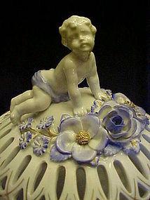 Von Schierholz Dresden covered cherub dish