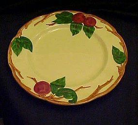 "Vintage 1940-49 Franciscan Apple 9 5/8""  dinner plate"