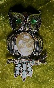 Vintage owl pin rhinestone eyes and pearl belly