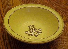 Pfaltzgraff village soup/cereal bowl USA