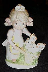 Homco porcelain figurine Girl with kittens in a cart