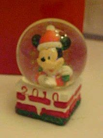JC Penny 2010 Joy of Giving Mickey Mouse waterglobe