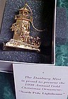 Danbur Mint  North Pole Lighthouse ornament 1998