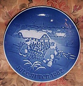 Bing Grondahl The Christmas tree plate 1982