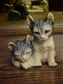 Wonderful ceramic blue tabby cats figurine