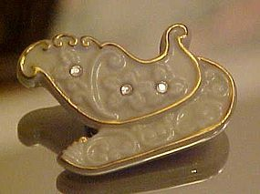 Lenox China  Christmas sleigh pin