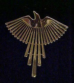 JJ Jonette gold tone soaring bird eagle pin 1988
