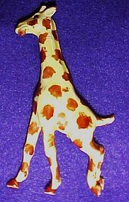 VintageRobert Originals enamel Giraffe pin AWESOME