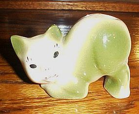 1930's porcelain kitty cat toothbrush holder green