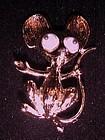 Vintage googly eye mouse pin gold tone