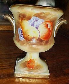 Lefton Enesco Brown Heritage fruit urn vase E2356