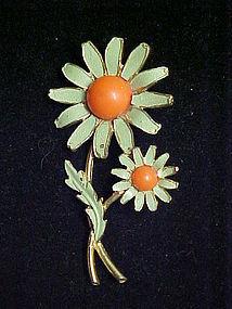 Weiss green daisy flower pin 1960's