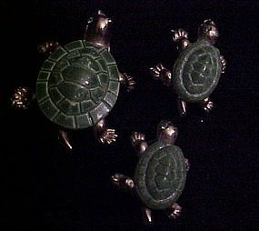 Vintage set of three green turtle scatter pins