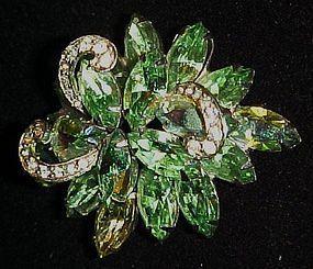 Vintage Weiss peridot green brooch pin