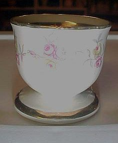 Winterling Bavaria Germany 62 egg cup pink roses